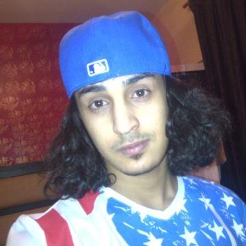 ali, 23, Al-Kuwayt, Kuwait