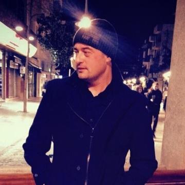 Javier Rangel, 40, Madrid, Spain
