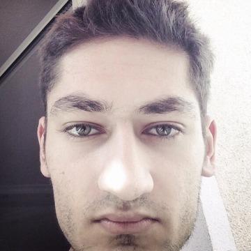 Julien, 22, Bonn, Germany