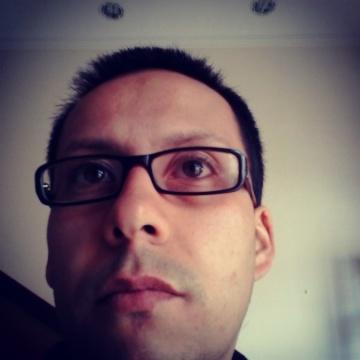 Omar Urrutia, 37, Tunja, Colombia
