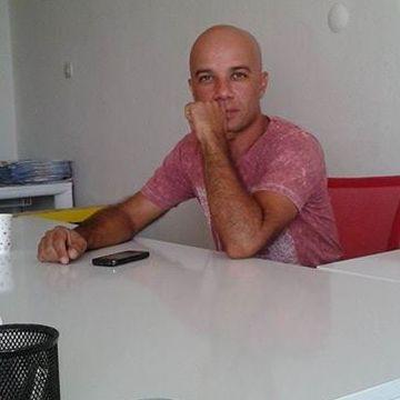 Atıl Teke, 41, Izmir, Turkey