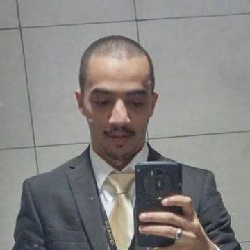 Asim Fawal, 28, Bisha, Saudi Arabia