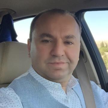 Murat M., 44, Ankara, Turkey