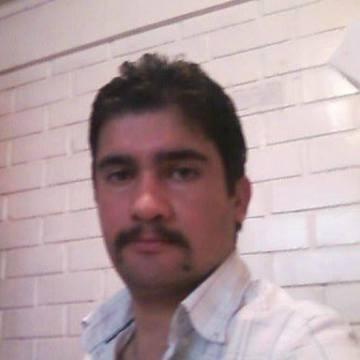 Gabriel Cortés, 38, Santiago, Chile