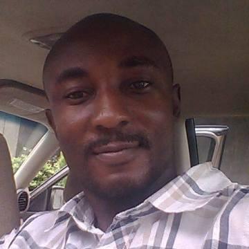 Yinka, 31, Lagos, Nigeria