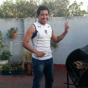 Valentin Toconas, 33, Buenos Aires, Argentina