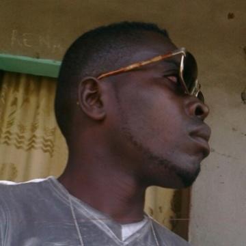 ebuson, 28, Cotonou, Benin