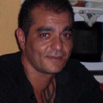 Yilmaz Ozcelik, 46, Izmir, Turkey