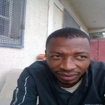 Dexter, 30, Kampala, Uganda