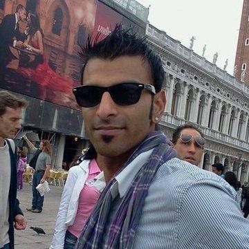Devid Singh, 35, Alessandria, Italy