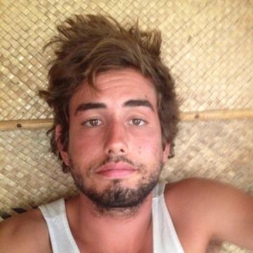Gil, 24, Los Angeles, United States