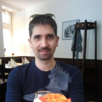Javier, 42, Valencia, Spain