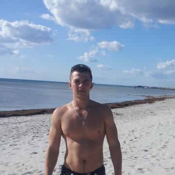 Levan, 29, Skelleftea, Sweden