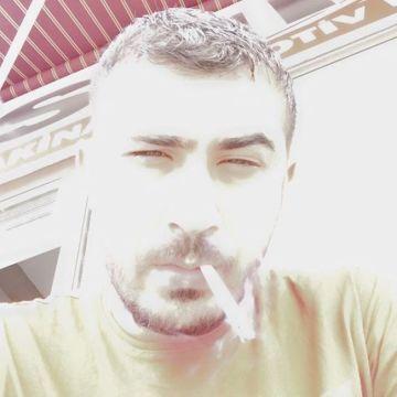 Osman Samsa, 28, Istanbul, Turkey