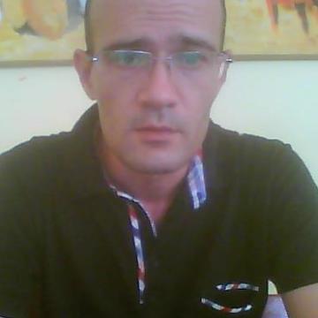 bahri salah, 38, Tunis, Tunisia