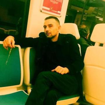 Tahsin Erengezgin, 35, Izmir, Turkey