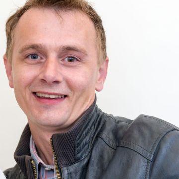 Waldemar Justus, 40, Koln, Germany