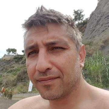 Francesco D'Ascoli, 40, Napoli, Italy