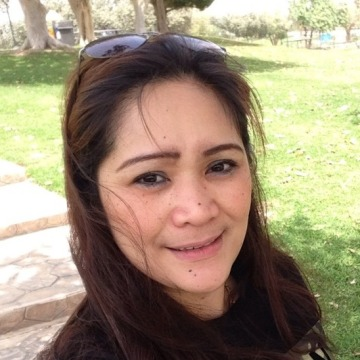 Heart, 43, Damman, Saudi Arabia