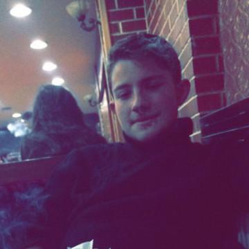 adnan, 19, Istanbul, Turkey