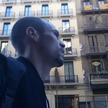 Jony Perez, 30, Barcelona, Spain