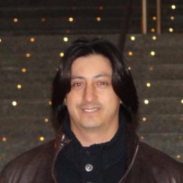 Victor Aviles, 39, Valencia, Spain