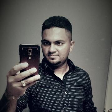 Darlin, 33, Southgate, United States
