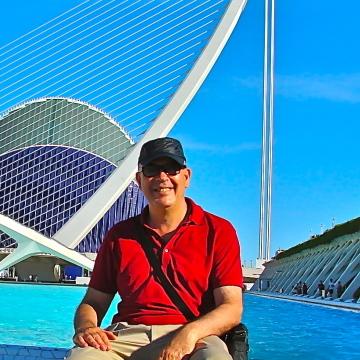 Andrés España, 58, Valencia, Spain