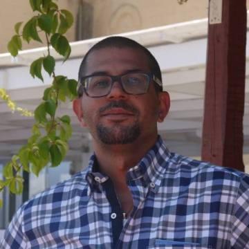Fadi, 35, Dubai, United Arab Emirates