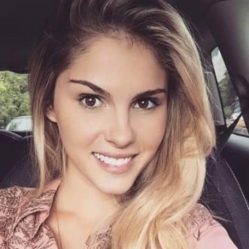 Valérie, 28, Ajaccio, France