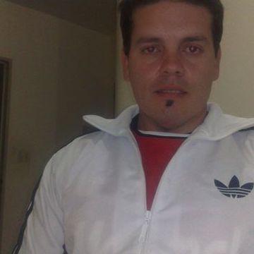 Maximiliano Danton Devia, 38, Rosario, Argentina