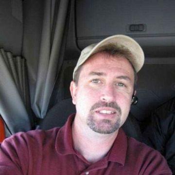 Mark, 50, Cleveland, United States