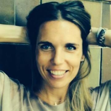 Marta, 33, Barcelona, Spain