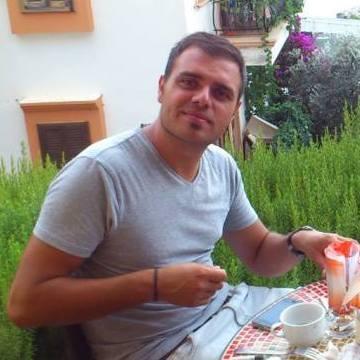Taner, 32, Istanbul, Turkey