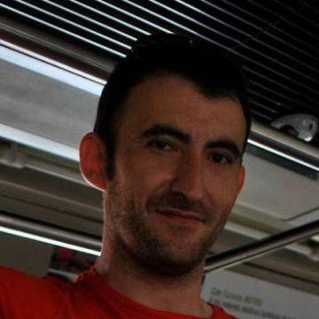 José Ángel, 35, Tarragona, Spain