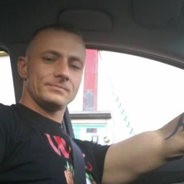 Juri Bravo, 39, Genova, Italy