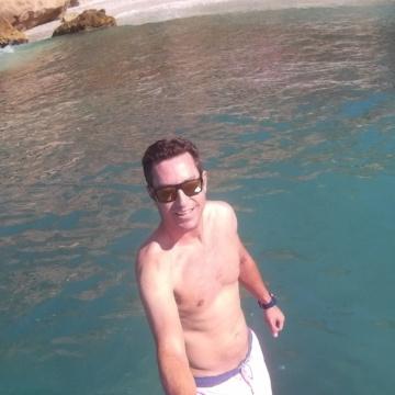 Alberto Pardo, 37, Malaga, Spain