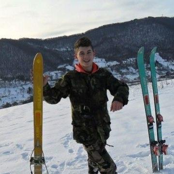 Юра, 20, Uzhgorod, Ukraine