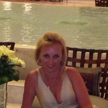Yana, 46, Troy, United States