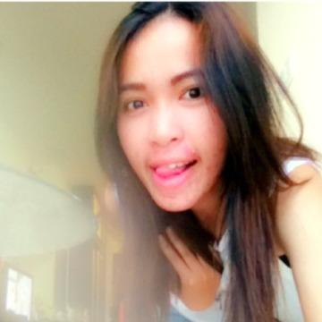 Waraporn, 23, Thai Mueang, Thailand