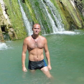 Alex, 39, Gagra, Abkhazia