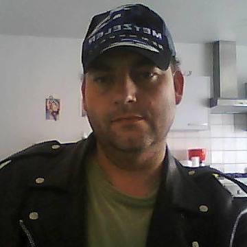 Christophe Owel, 40, Ronse, Belgium