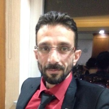 Cem Büyük, 40, Istanbul, Turkey