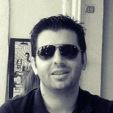 metin, 34, Istanbul, Turkey