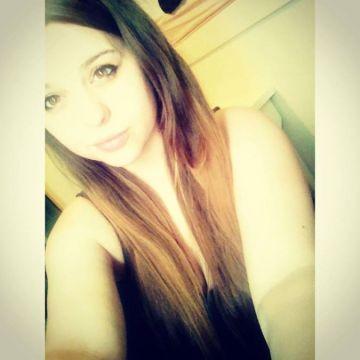Emma Sayers , 22, Canterbury, United Kingdom
