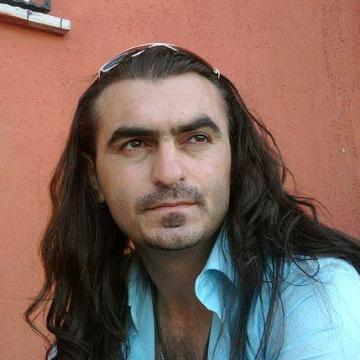 Özgür Çiçekdal, 41, Moscow, Russia