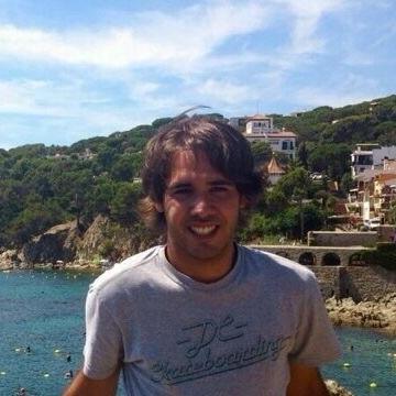 Roger, 29, Barcelona, Spain