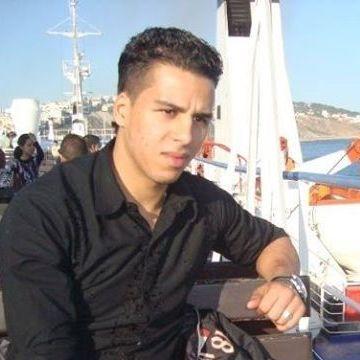 Rafarafa Mnk, 32, Sevilla, Spain