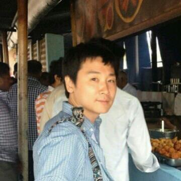 Hyohun Song, 35, Osaka, Japan