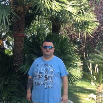 Sergio Sebastian Perez, 38, Elche, Spain